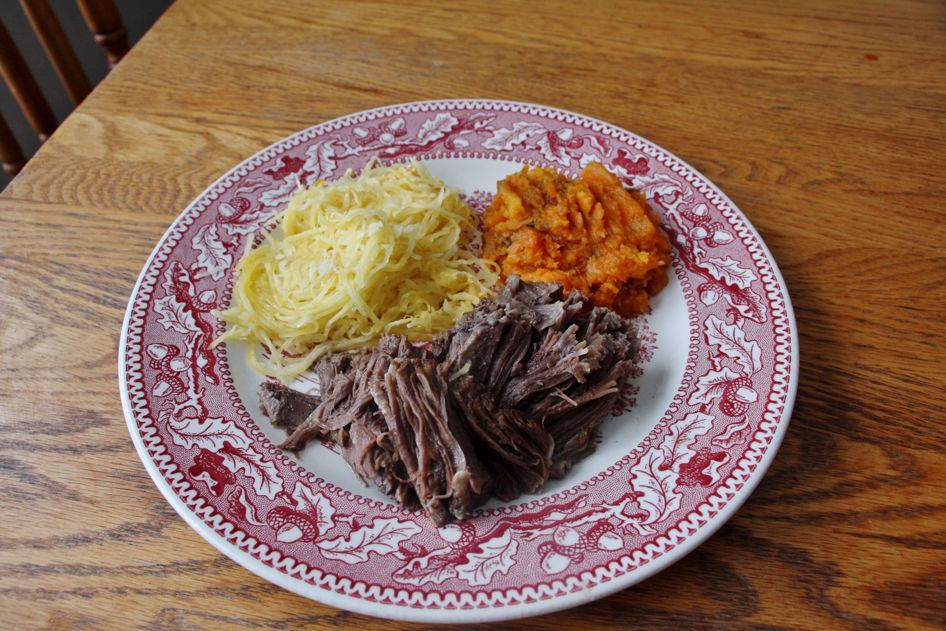Let's make some shredded beef! Here is an easy recipe for you!